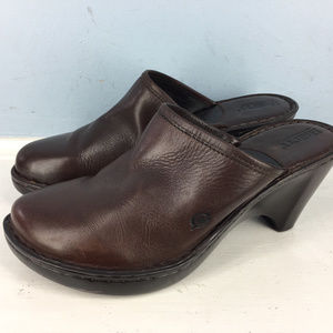 Born Brown Leather Mules Clogs 9 Slip on Excellent